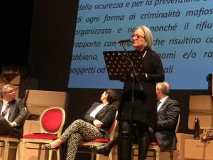 l´intervento di Anna Lapini a Foggia_ Teatro Teatro Umberto Giordano_ 4 marzo 2016